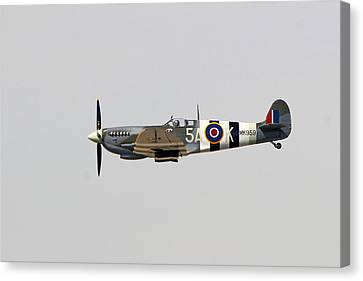 Spitfire Mk959 In Flight Canvas Print by Shoal Hollingsworth