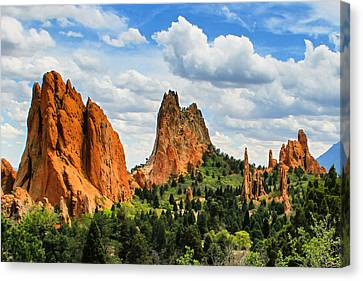 Spring At Garden Of The Gods Canvas Print by Juli Ellen