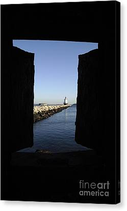 Spring Point Ledge Light - Portland Mane Usa Canvas Print by Erin Paul Donovan