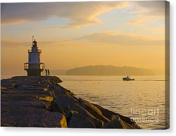 Spring Point Lighthouse At Dawn. Canvas Print by Diane Diederich