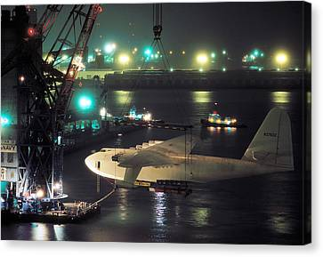 Spruce Goose Hanging From Crane February 10 1982 Canvas Print by Brian Lockett