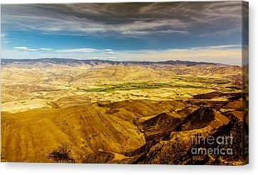 Squaw Butte View Hdr-2 Canvas Print by Robert Bales