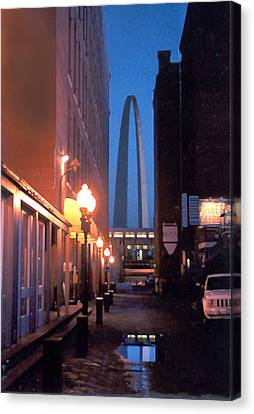 Canvas Print featuring the photograph St. Louis Arch by Steve Karol
