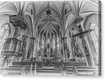 St Mary's Church Sanctuary - Bw 2 Canvas Print by Stephen Stookey