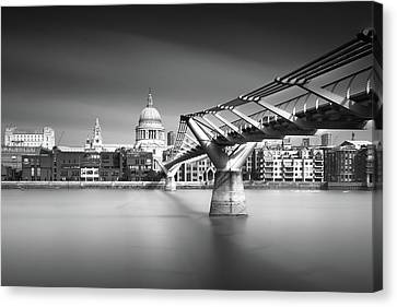 St. Pauls Canvas Print by Ivo Kerssemakers