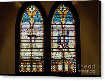 Stained Glass Windows Memorials For Capt. Z.t.henderson And Major Louise Bossieux 0339 Canvas Print