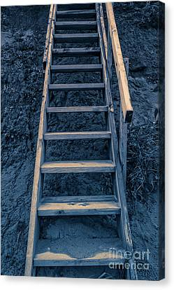 Stairway To Heaven Canvas Print by Edward Fielding