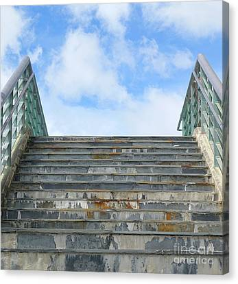 Canvas Print featuring the photograph Stairway To Heaven by Yali Shi