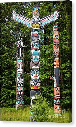 Stanley Park Canvas Print - Stanley Park Totems by Inge Johnsson