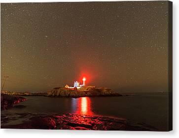 Starry Sky Ove Nubble Light Cape Neddick York Me Red Light Canvas Print by Toby McGuire