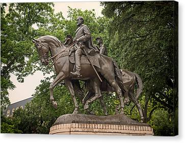 Statue Of General Robert E Lee On His Horse Traveller  Canvas Print by Mountain Dreams