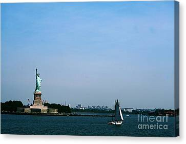 Canvas Print featuring the photograph Statue Of Liberty by The Art of Alice Terrill