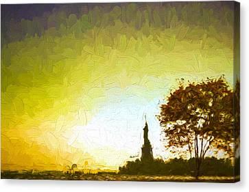 Statue Of Liberty - Nyc Canvas Print by Matthew Ashton