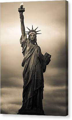 Statute Of Liberty Canvas Print by Tony Castillo