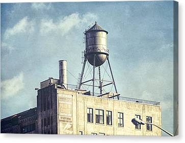 Steel Water Tower, Brooklyn New York Canvas Print by Gary Heller