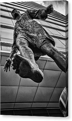 Stepping Forward Canvas Print by Pablo Lopez