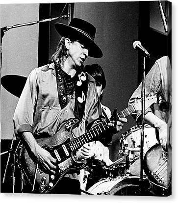 Canvas Print featuring the photograph Stevie Ray Vaughan 3 1984 Bw by Chris Walter