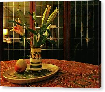 Canvas Print featuring the photograph Still Life With Apple by Anne Kotan