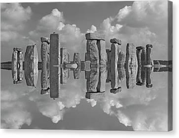 Stonehenge Bw Canvas Print