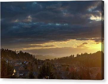 Storm Clouds Over Happy Valley During Sunset Canvas Print by David Gn
