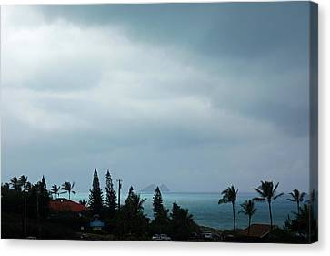 Stormy Day Hawaii Canvas Print