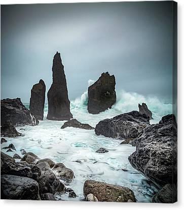 Stormy Iclandic Seas Canvas Print by Andy Astbury