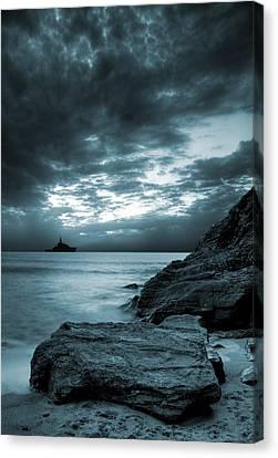 Glow Canvas Print - Stormy Ocean by Jaroslaw Grudzinski