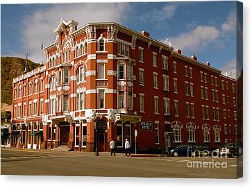 Strater Hotel 1887 Canvas Print by David Lee Thompson