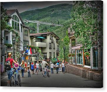 Street Life In Vail Canvas Print