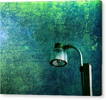 Looking To The Sky Canvas Print - Street Light by Susanne Van Hulst