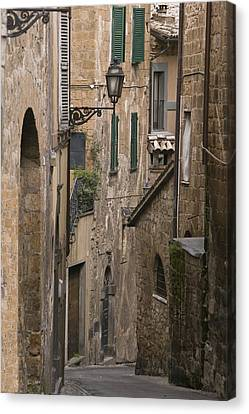 Streets Of Assisi Canvas Print by Lynn Andrews