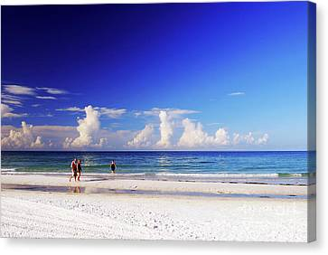 Canvas Print featuring the photograph Strolling The Beach by Gary Wonning