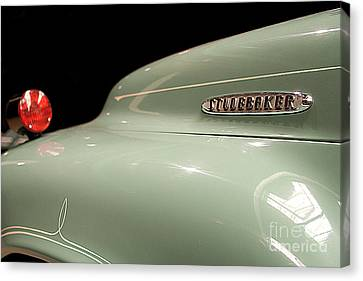 Canvas Print featuring the photograph Studebaker by Patricia Hofmeester