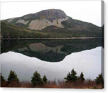 Canvas Print featuring the photograph Sugarloaf Hill Reflections by Barbara Griffin