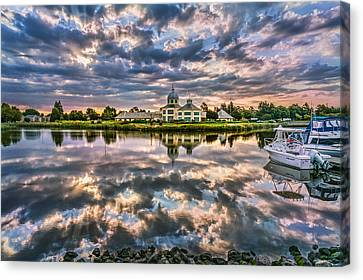 Suisun Yacht Club Canvas Print