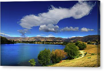 Summer In Central Canvas Print