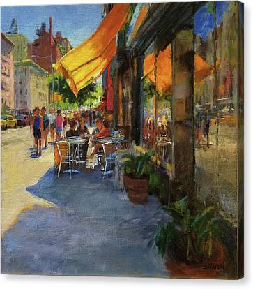 Sun And Shade On Amsterdam Avenue Canvas Print by Peter Salwen
