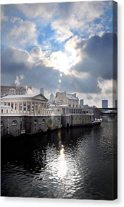 Sun Burst Over The Fairmount Water Works Canvas Print by Bill Cannon