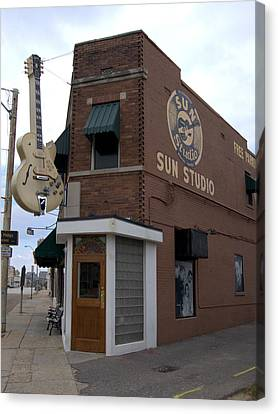 Sun Studio Memphis Tennessee Canvas Print by Wayne Higgs