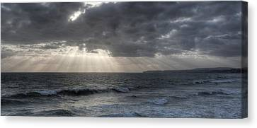 Sunbeams Over Pacific Ocean Canvas Print by Cliff Wassmann
