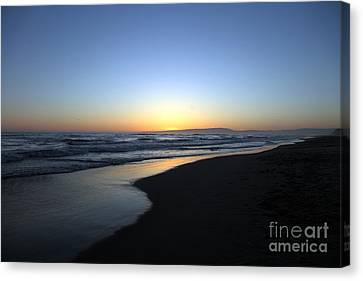 Sunet Beach Canvas Print