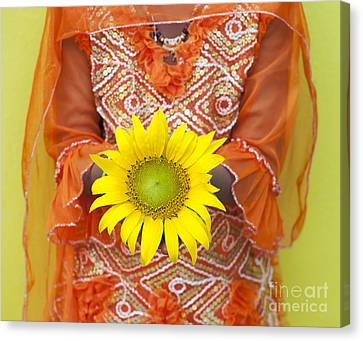Sunflower Girl Canvas Print by Tim Gainey