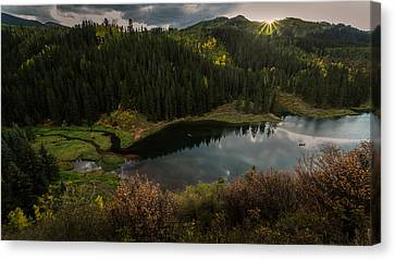 Sunrays Over The Lake Canvas Print
