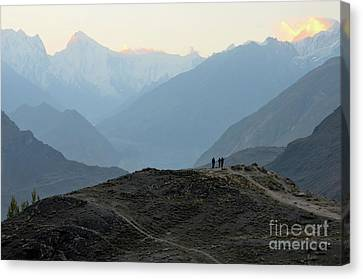 Sunrise Among The Karakoram Mountains In Hunza Valley Pakistan Canvas Print