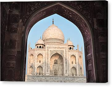 Sunrise Arches Of The Taj Mahal Canvas Print