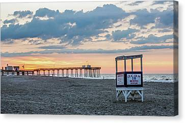 Sunrise At 16th Street Ocean City New Jersey Canvas Print