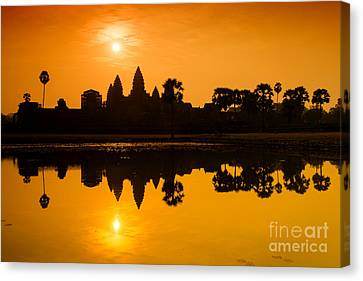Canvas Print featuring the photograph Sunrise At Angkor Wat by Yew Kwang