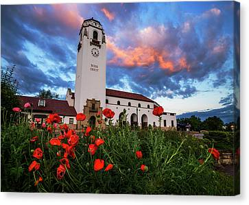 Sunrise At Boise Depot In Boise Idaho Usa Canvas Print by Vishwanath Bhat