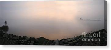 Canvas Print featuring the photograph Sunrise At Bug Light. by David Bishop