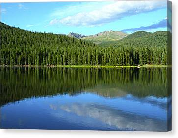 Canvas Print featuring the photograph Sunrise At Echo Lake by Marie Leslie